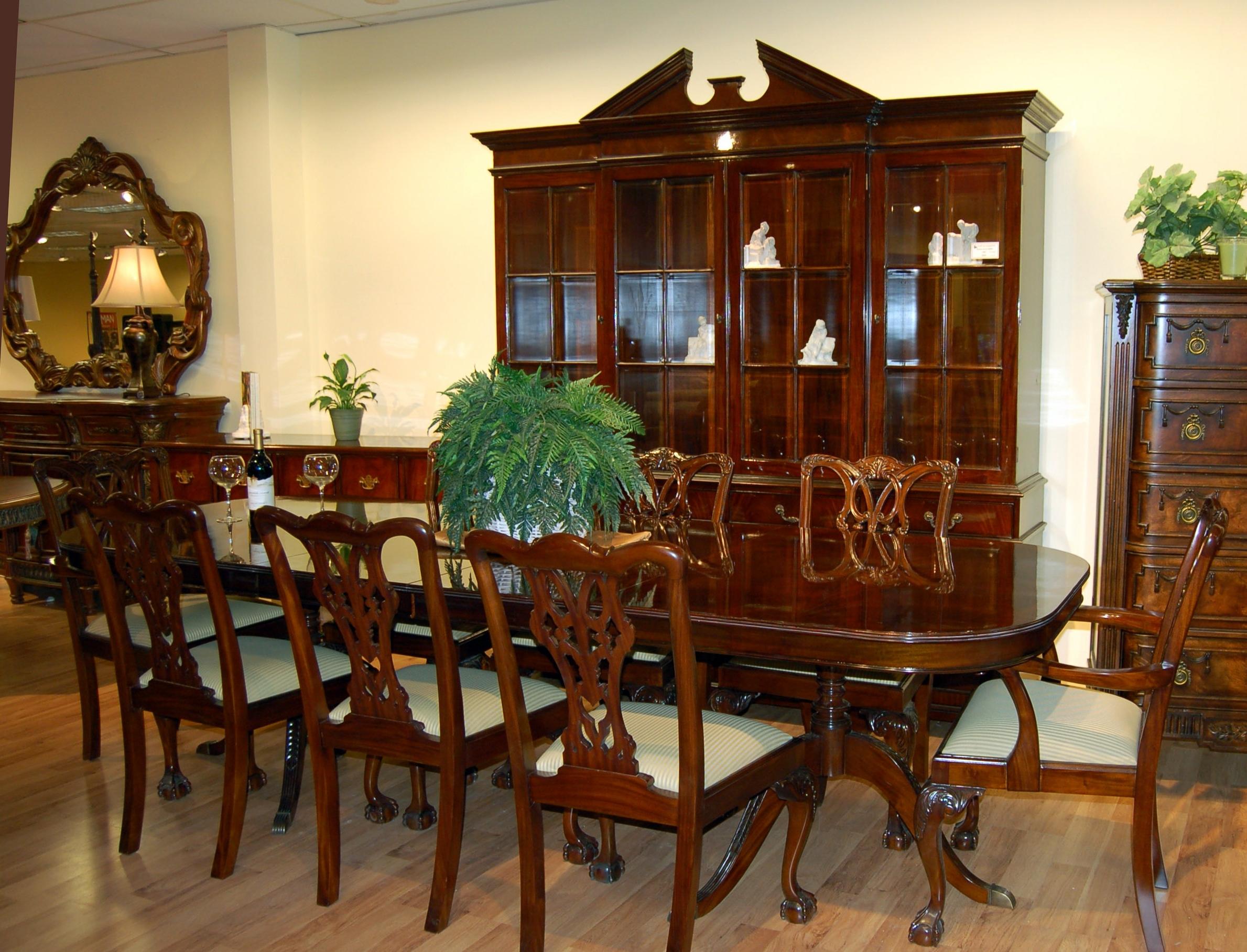 Mahogany Dining Table Sets Inside 2017 Satisfying Mahogany Dining Room Chairs – Esescatrina (View 12 of 25)