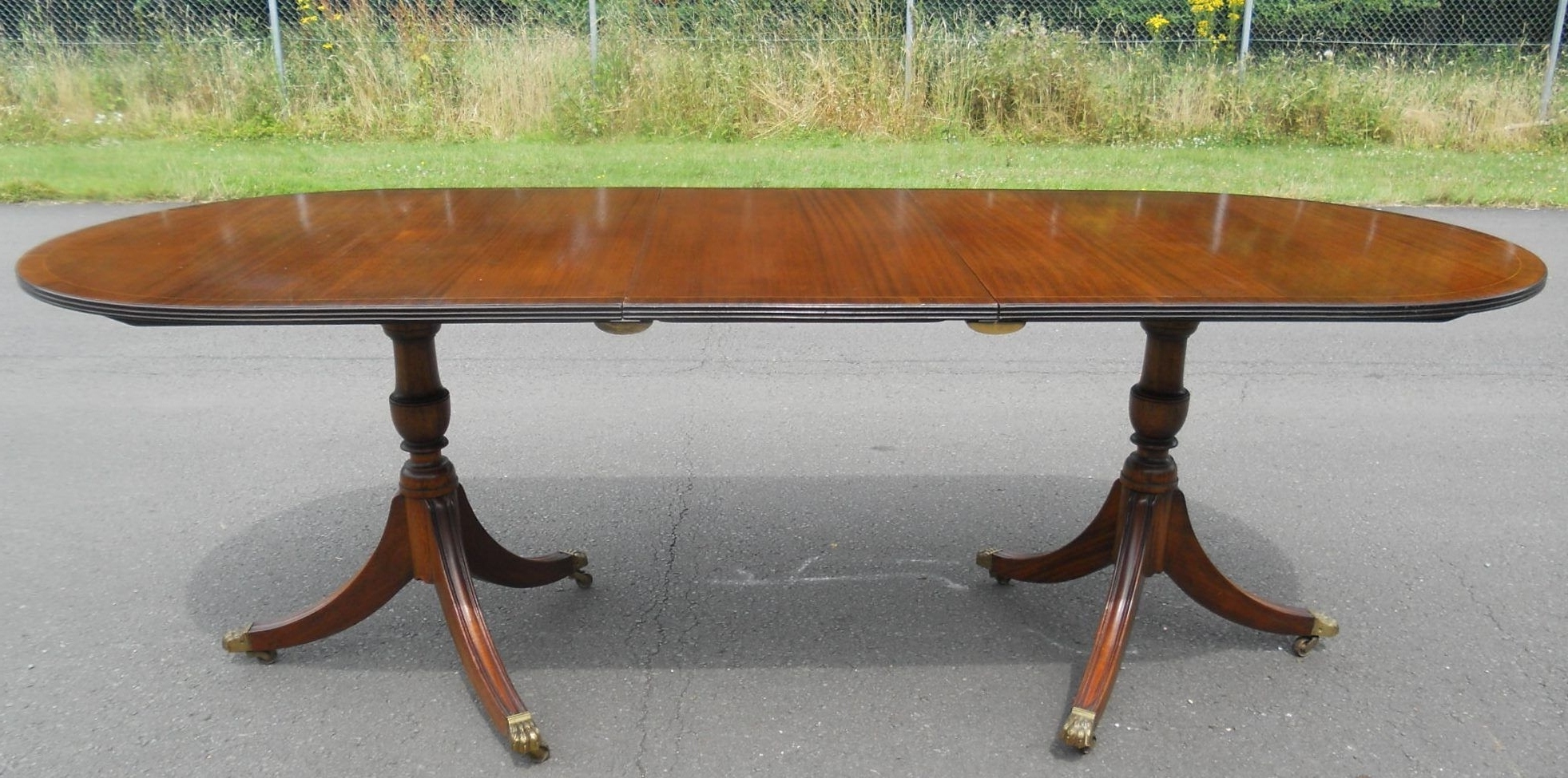 Mahogany Extending Dining Tables Throughout Most Current Mahogany Extending Dining Table To Seat Eightrackstraw (View 15 of 25)
