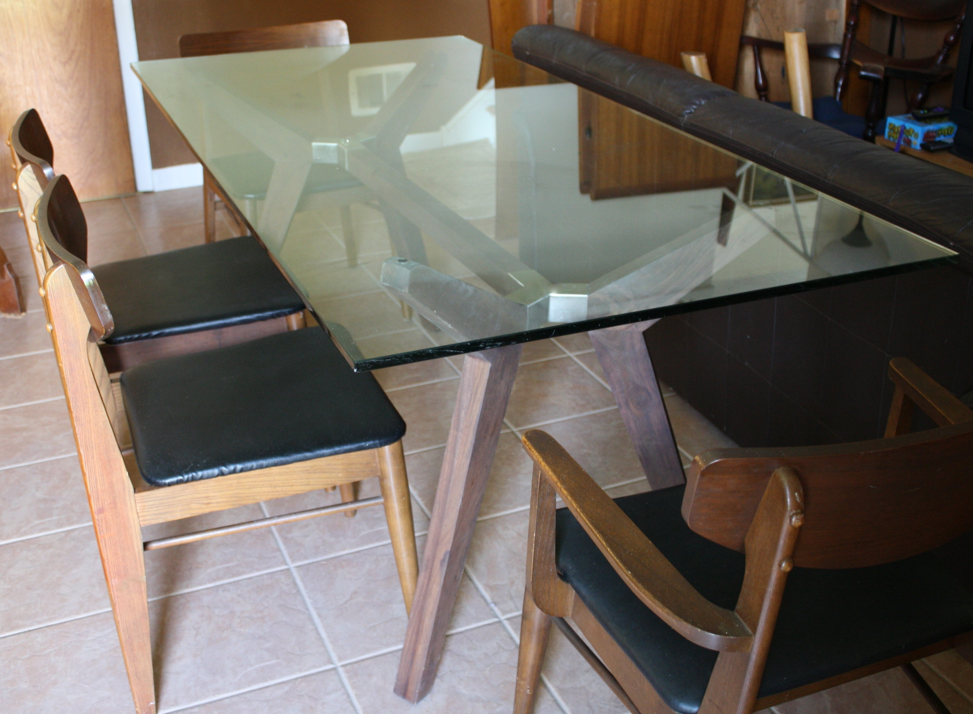 Modern Glass Dining Table  (View 10 of 25)