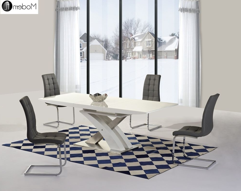 Modern White High Gloss Extending Dining Table And Grey Chairs, High In Most Up To Date White Gloss Extending Dining Tables (View 24 of 25)