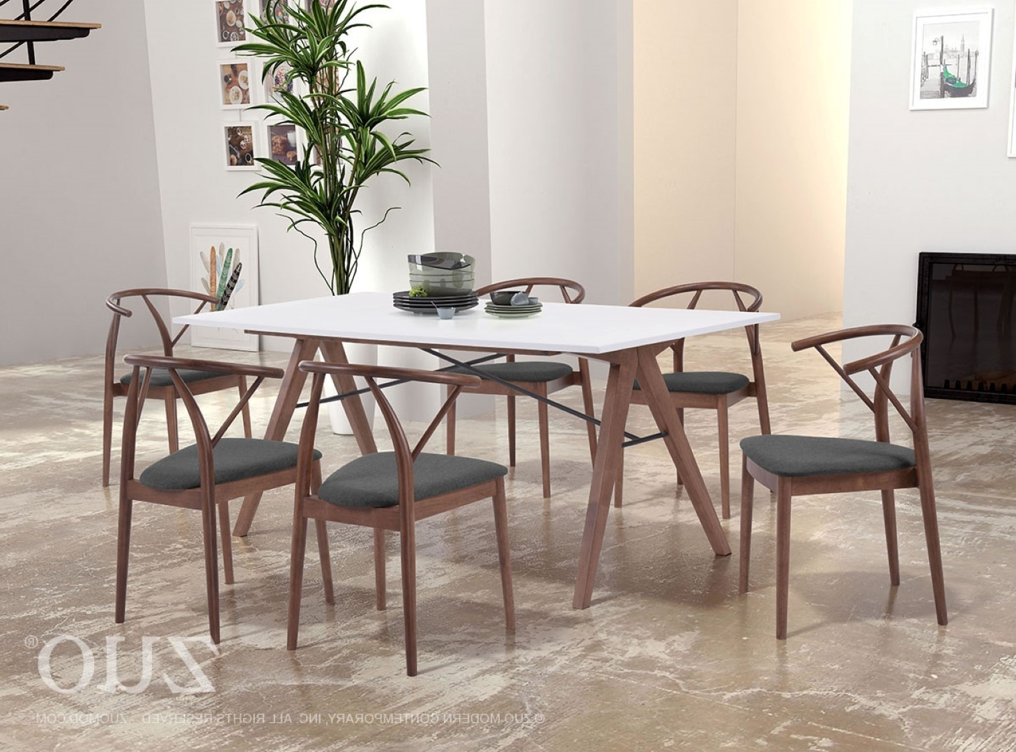 Modern Within Contemporary Dining Tables (View 23 of 25)
