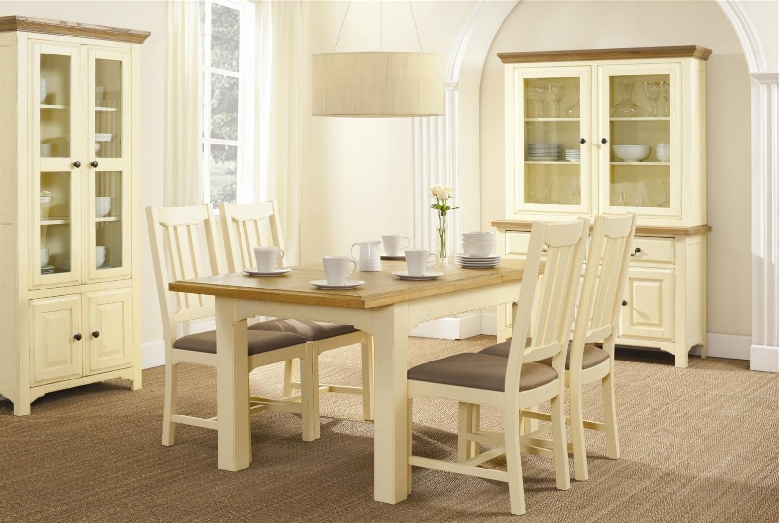 Most Current Cream And Oak Dining Tables Throughout What Ways To Decorate Your Dining Area With A Cream Dining Table (Gallery 7 of 25)