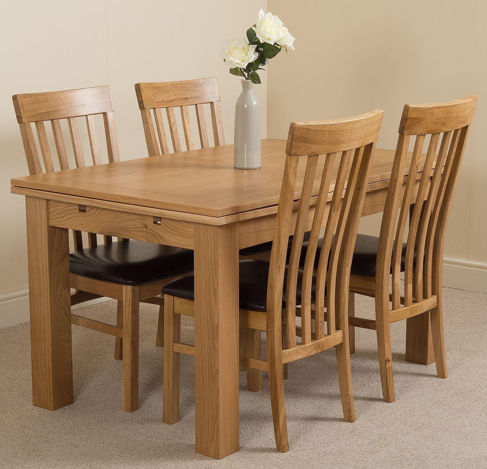 Most Current Extendable Dining Tables And Chairs Within Richmond Oak Small Dining Set 4 Harvard Chairs (View 17 of 25)