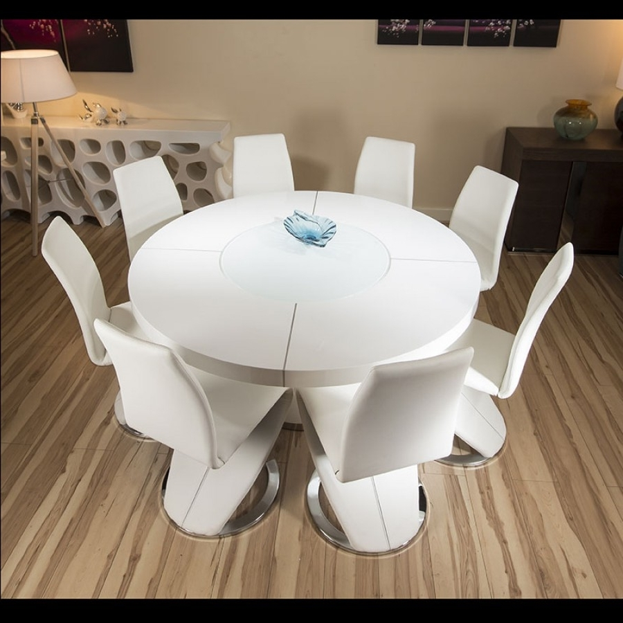 Most Current Gloss Dining Tables Regarding Large Round White Gloss Dining Table & 8 White Z Shape Dining Chairs (View 16 of 25)