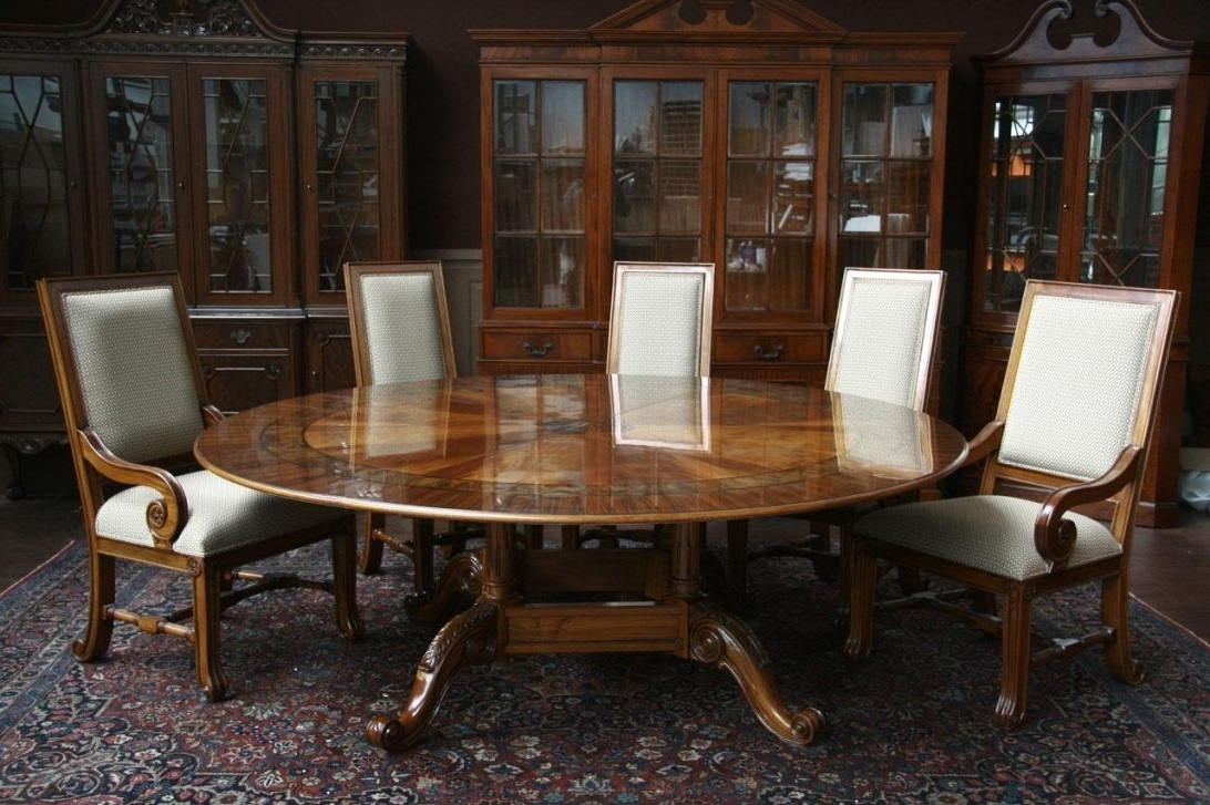 Most Current How To Select Large Round Dining Table – Home Decor Ideas Intended For Huge Round Dining Tables (View 15 of 25)