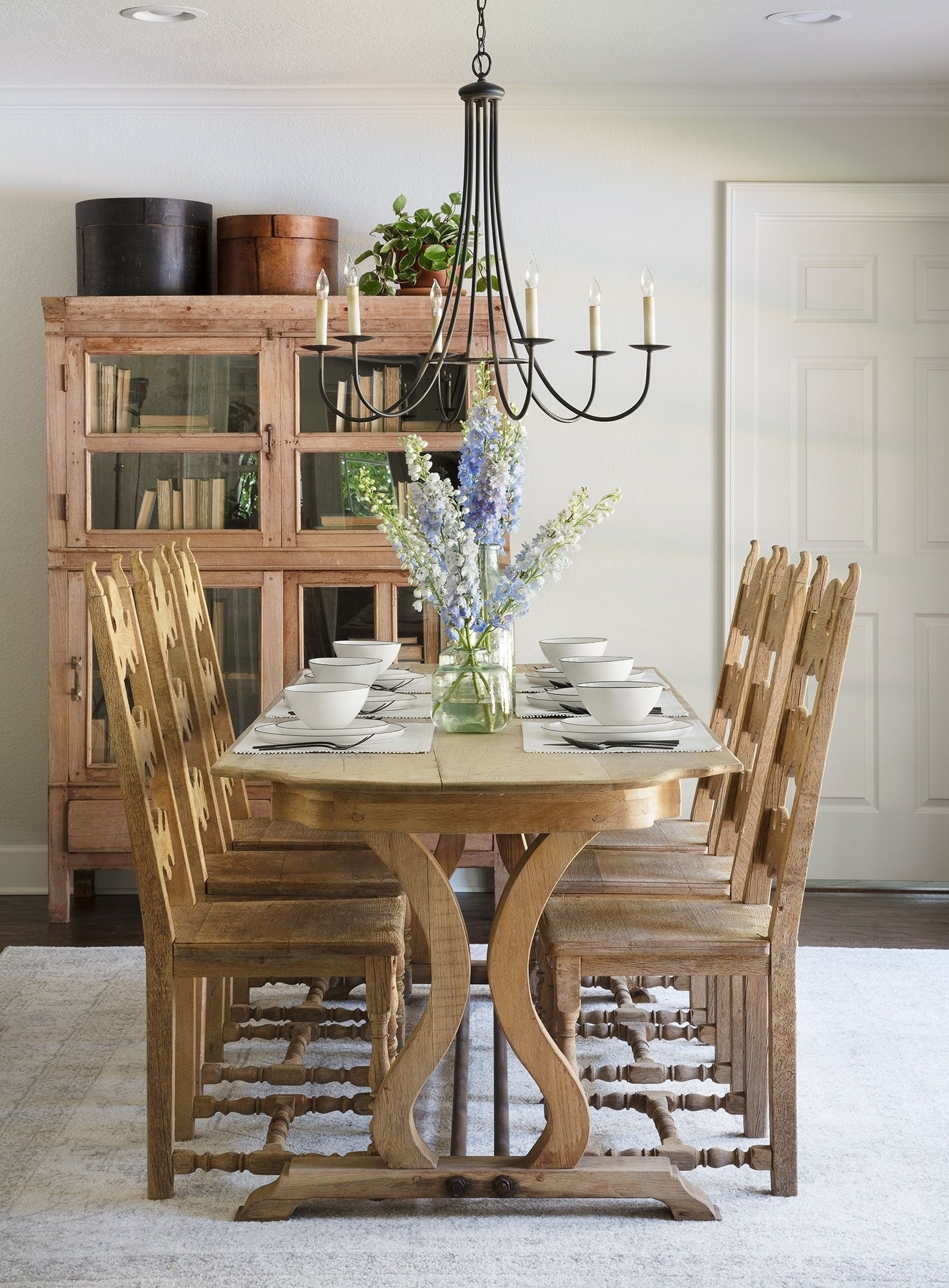 Most Current Magnolia Home Array Dining Tables By Joanna Gaines With Episode 2: Season  (View 17 of 25)