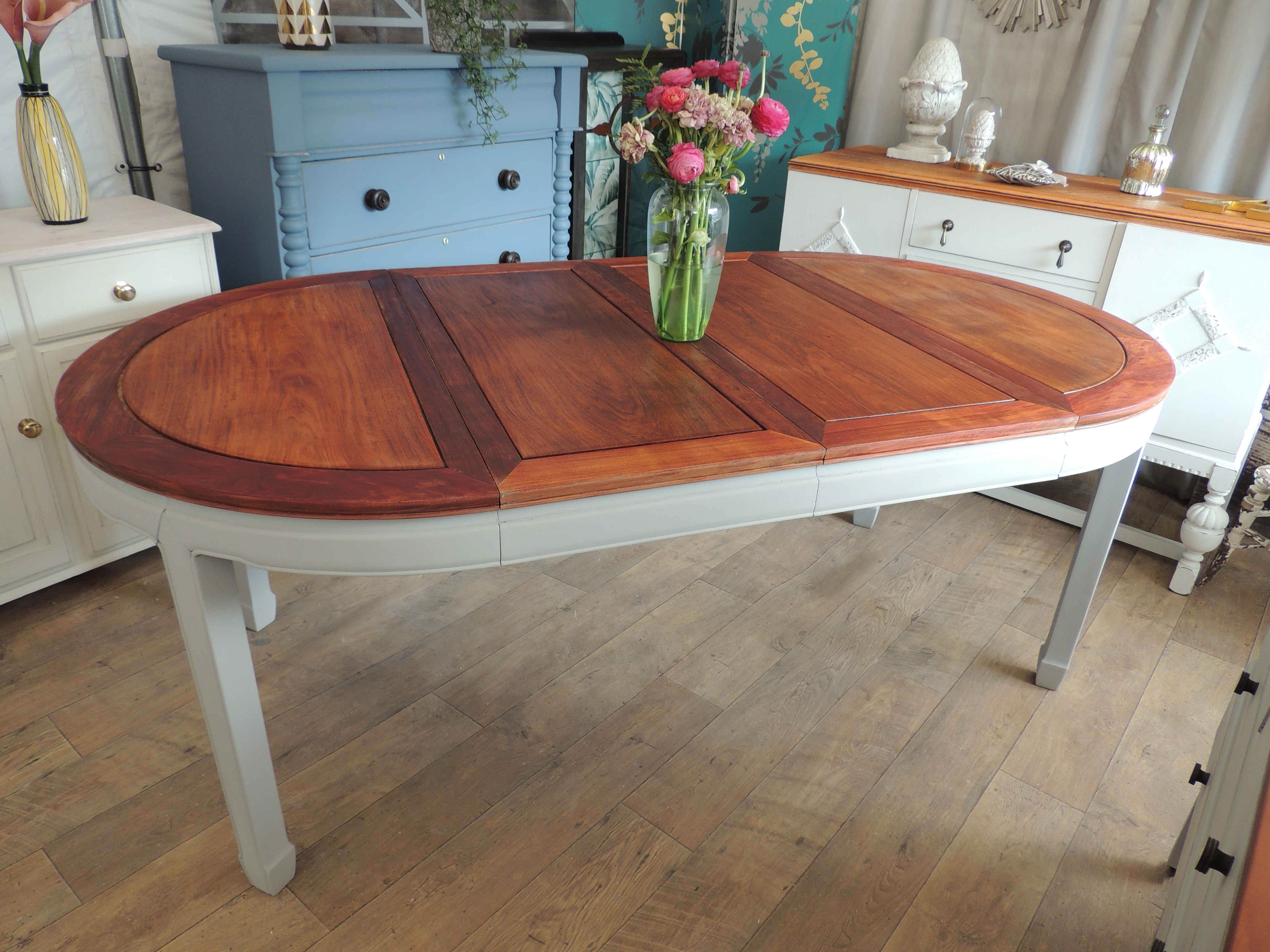 Most Current Shabby Chic Extendable Dining Tables Intended For Shabby Chic Extending Dining Table For 4 8 People – Eclectivo London (View 9 of 25)