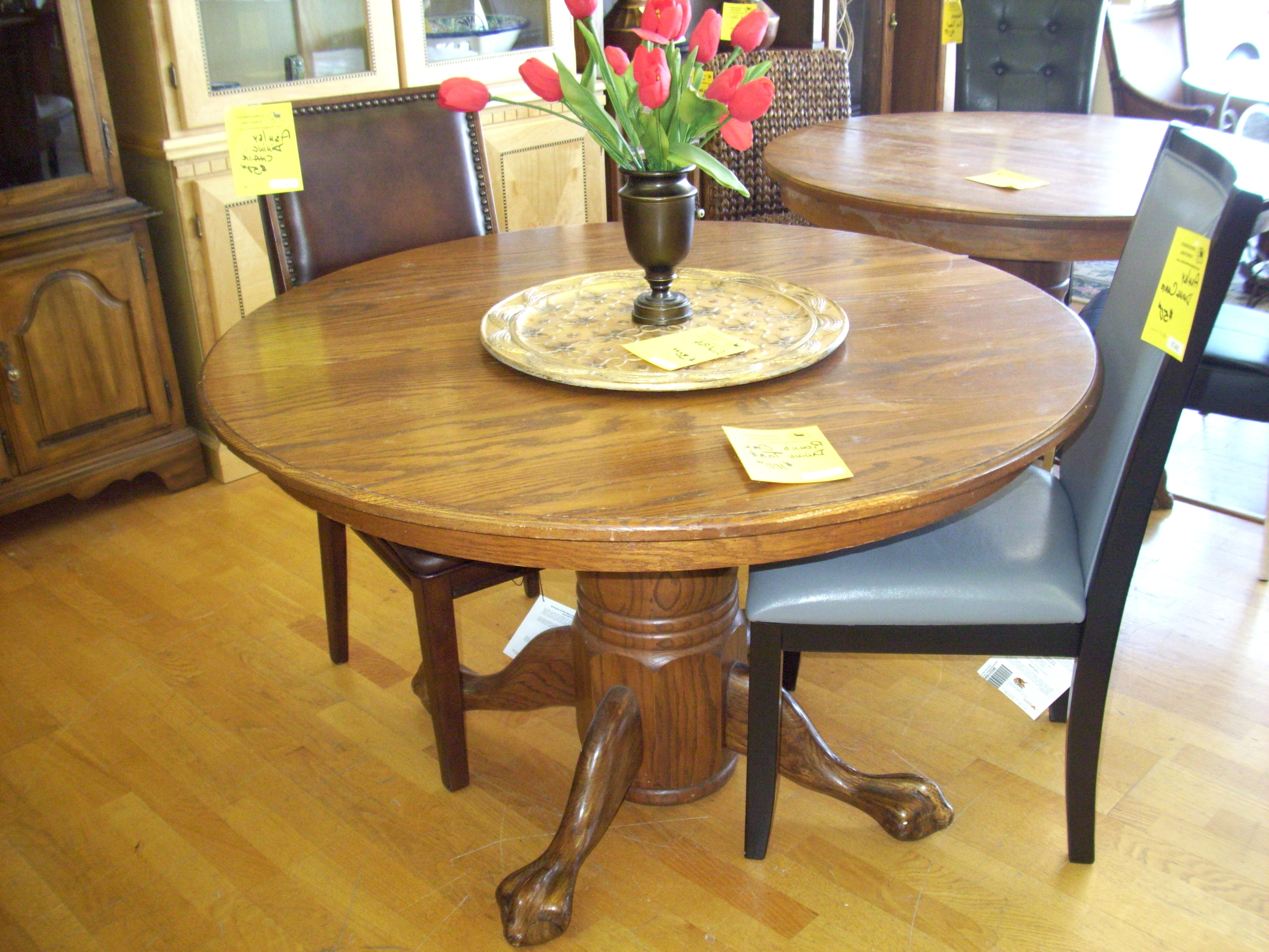 Most Popular 45 Inch Round Glass Top Dining Table Image Ideas With Regard To Glass Top Oak Dining Tables (View 17 of 25)