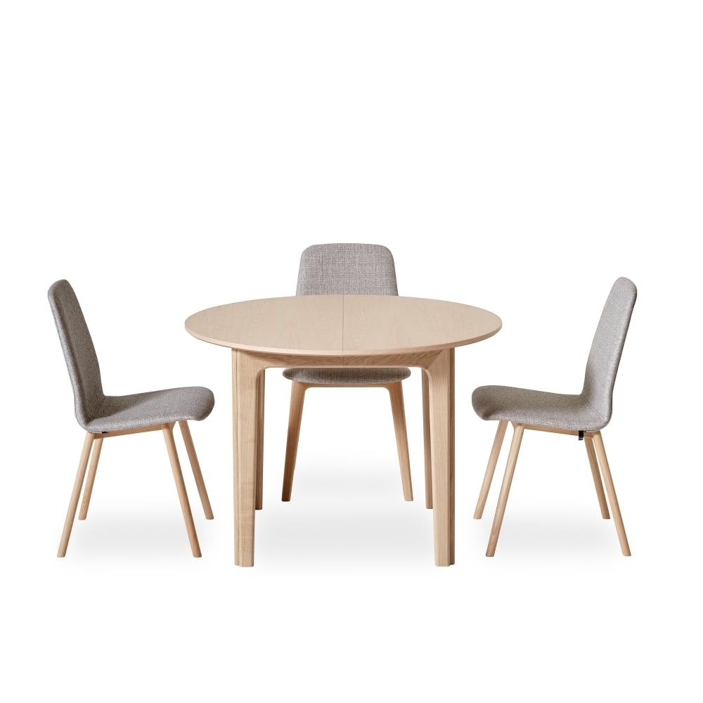 Most Popular Extendable Round Dining Tables Inside Skovby Sm111 Extending Circular Table At Smiths The Rink (View 25 of 25)