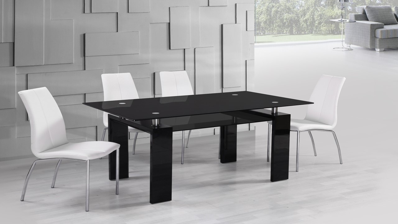Most Popular Gloss White Dining Tables And Chairs Pertaining To Black Glass High Gloss Dining Table And 6 White Dining Chairs (View 20 of 25)