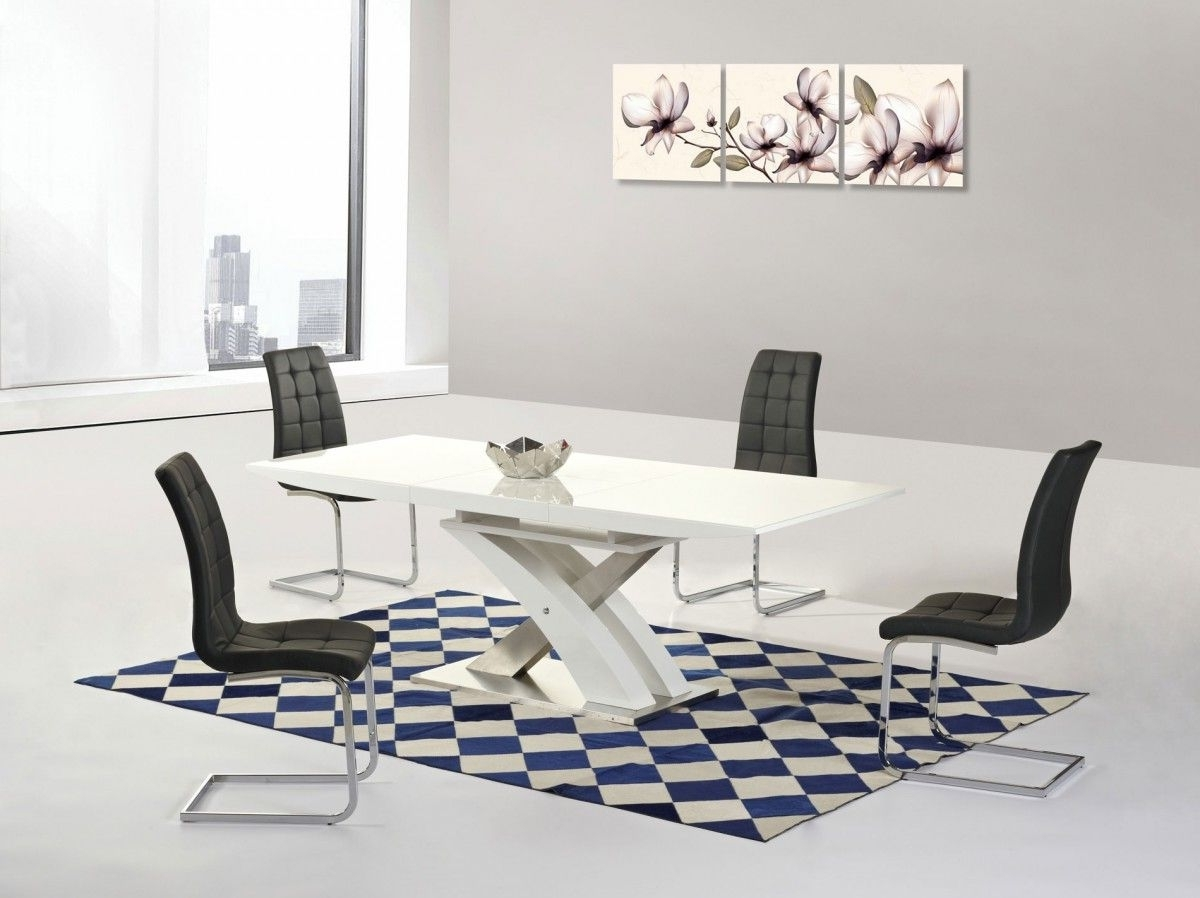 Most Popular Mayfair Xo White High Gloss Big Extending Dining Table And 4 Enzo Inside Cream High Gloss Dining Tables (View 13 of 25)