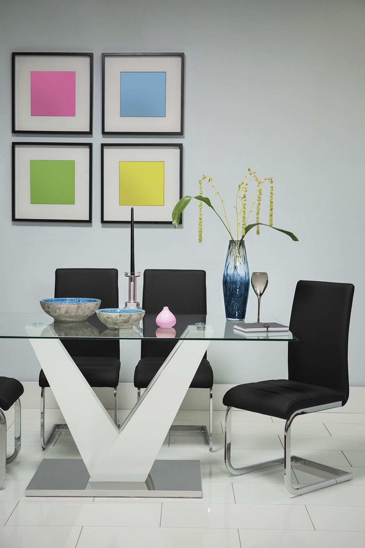 Most Popular Perth Glass Dining Tables Inside Newton White High Gloss And Glass Dining Table – With 4 Perth Black (View 12 of 25)