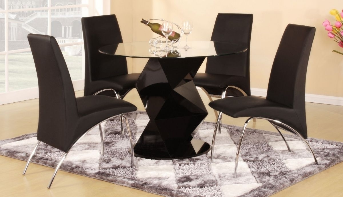 Most Recent Modern Round Black High Gloss Clear Glass Dining Table & 4 Chairs Intended For Round Black Glass Dining Tables And 4 Chairs (View 7 of 25)