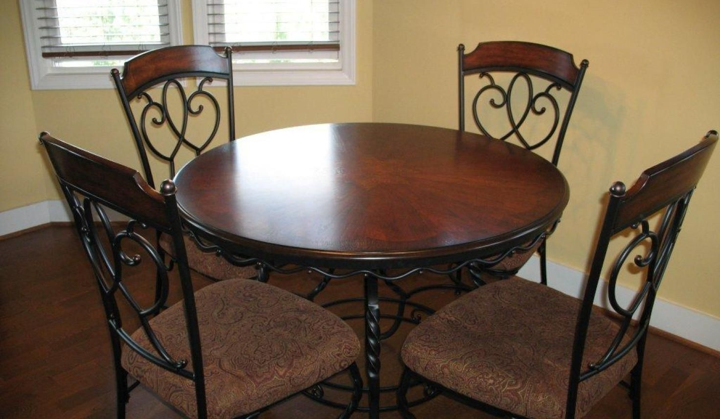 Most Recent Second Hand Oak Dining Chairs For Pinannora On Home Interior (View 22 of 25)