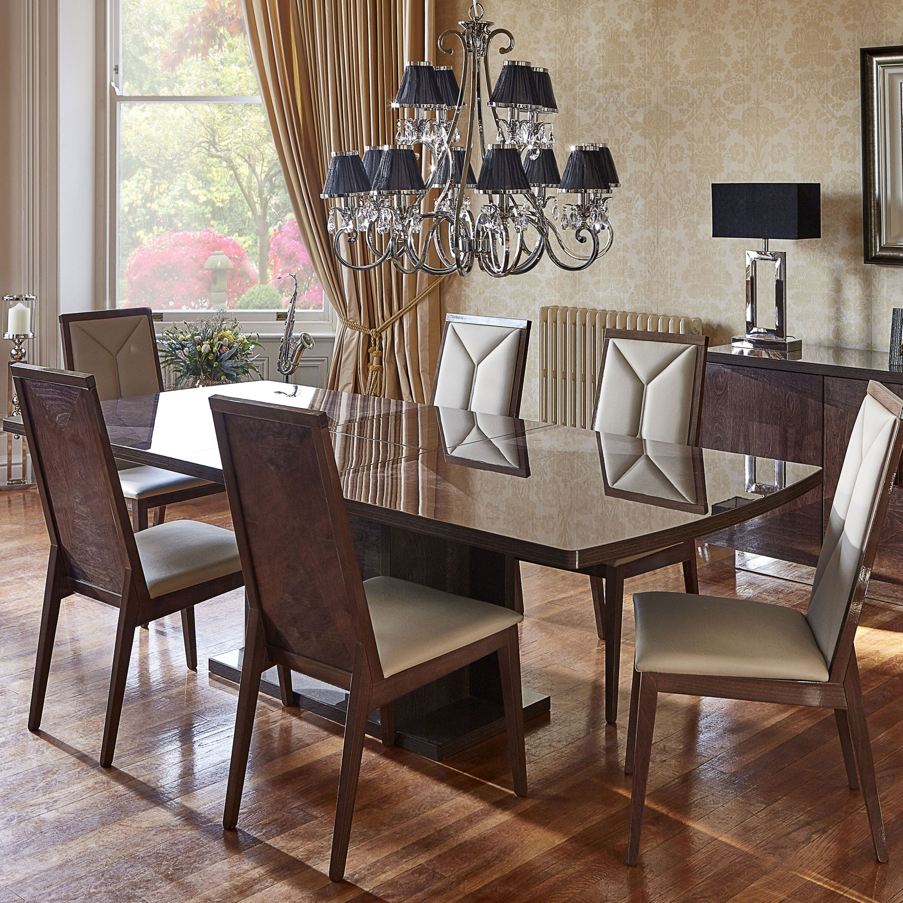 Most Recent Vogue High Gloss Extending Dining Table & 6 Chairs Throughout Black Gloss Extending Dining Tables (View 18 of 25)