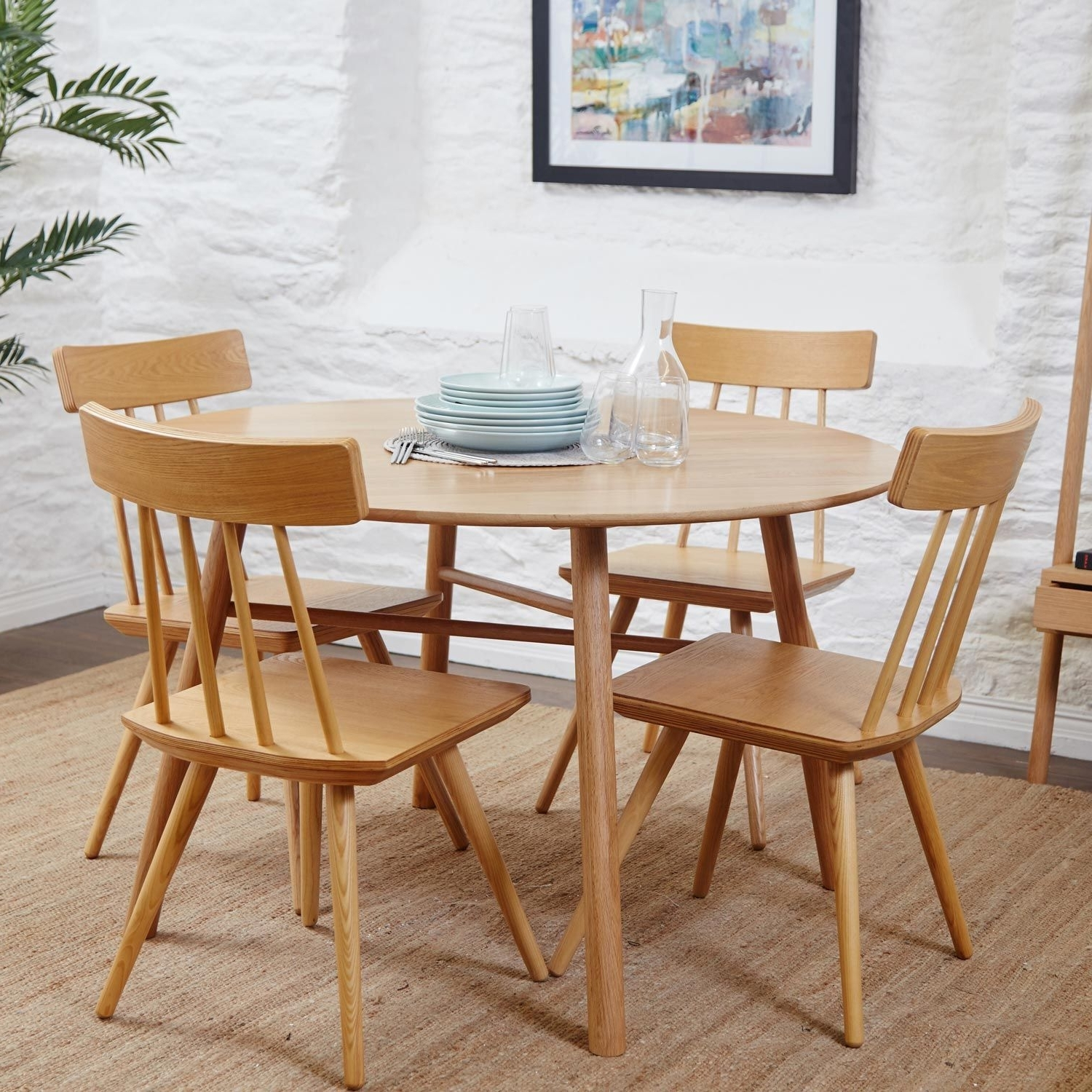 Most Recent Whywood Round Oak Dining Table (View 23 of 25)