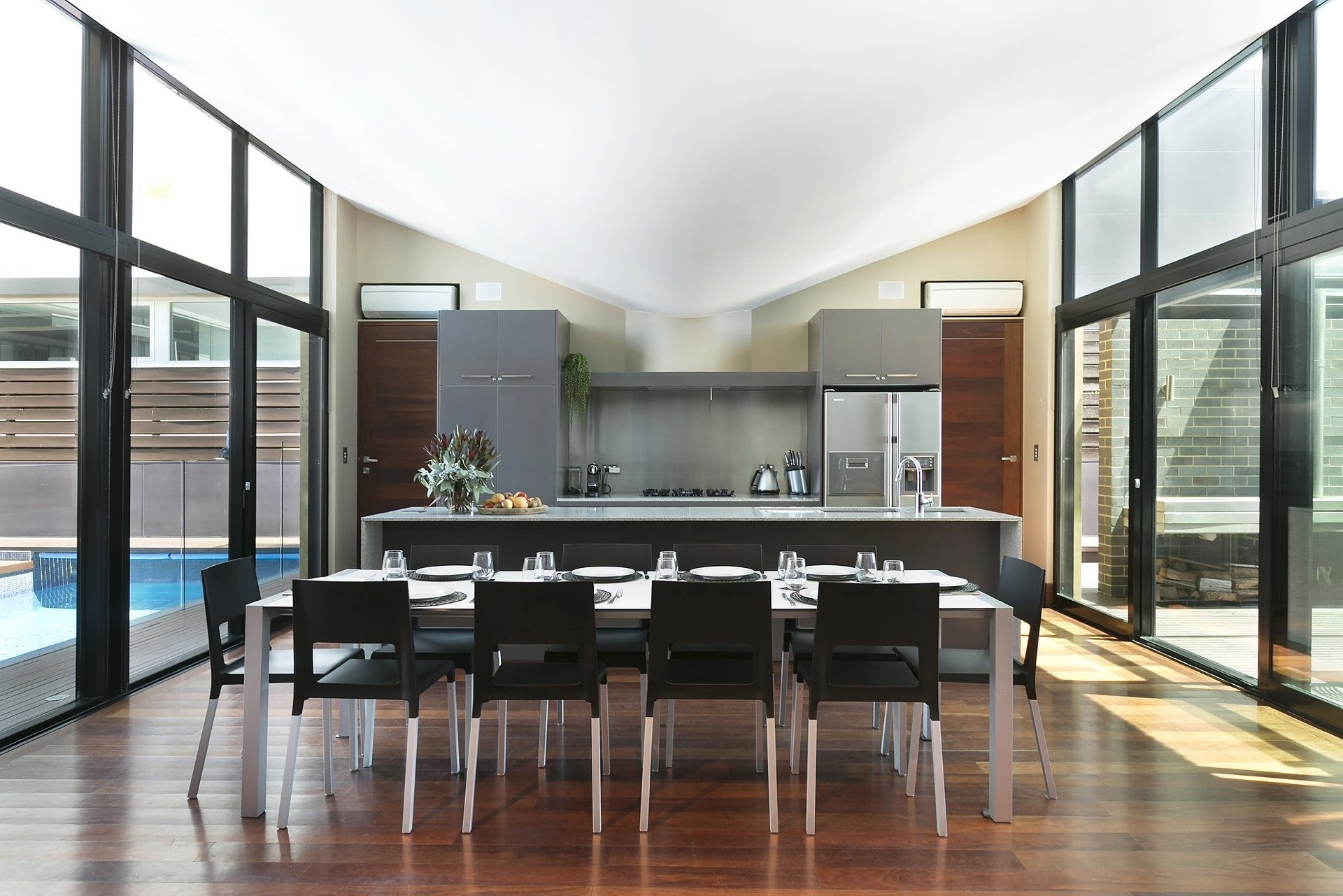 Most Up To Date Bulli Holiday House – The Weaver Beach House On Sandon Point Intended For Weaver Ii Dining Tables (View 9 of 25)