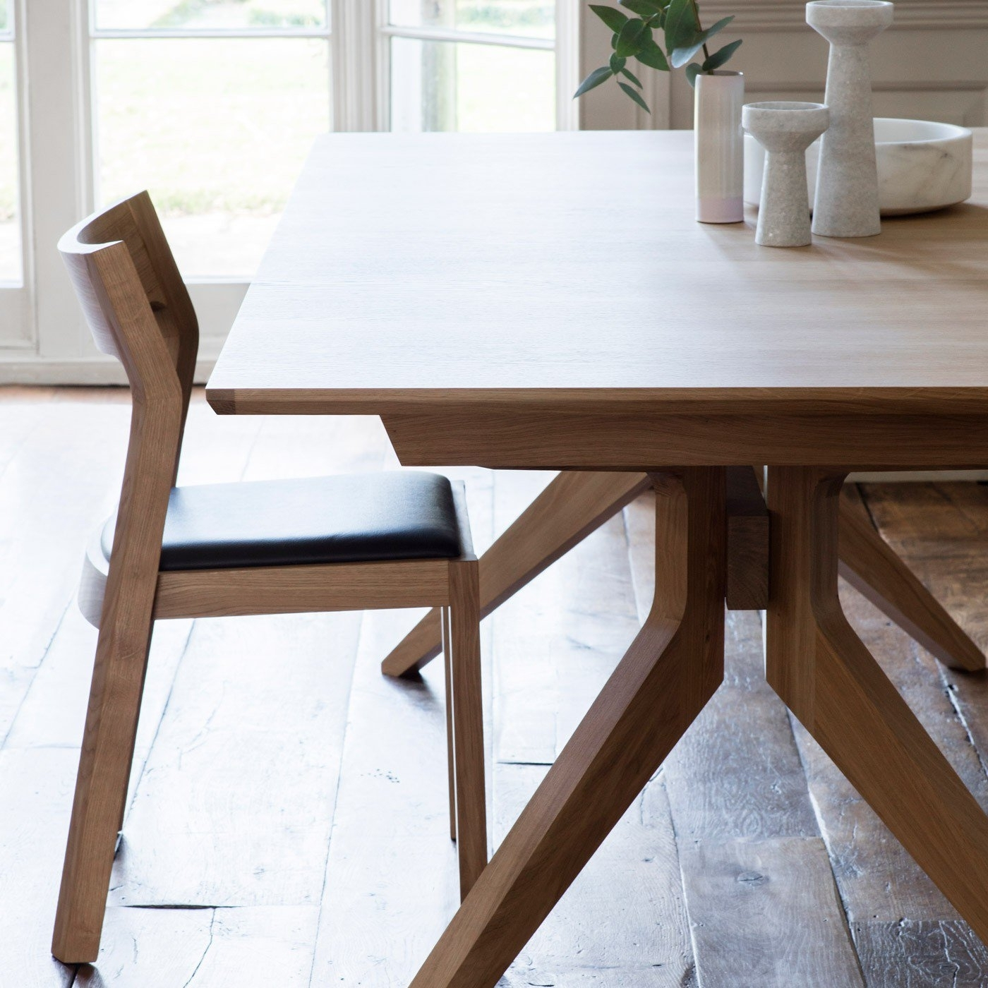 Most Up To Date Extending Dining Sets Inside Case Cross Extending Dining Table (View 11 of 25)