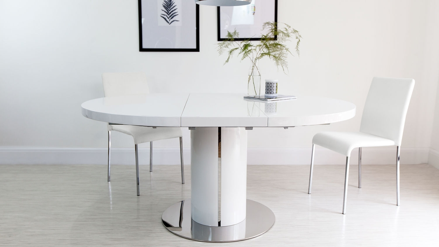Most Up To Date Glass Chairs Oak Room Astounding Set Round Ashley Extendable Dining With Round High Gloss Dining Tables (View 11 of 25)