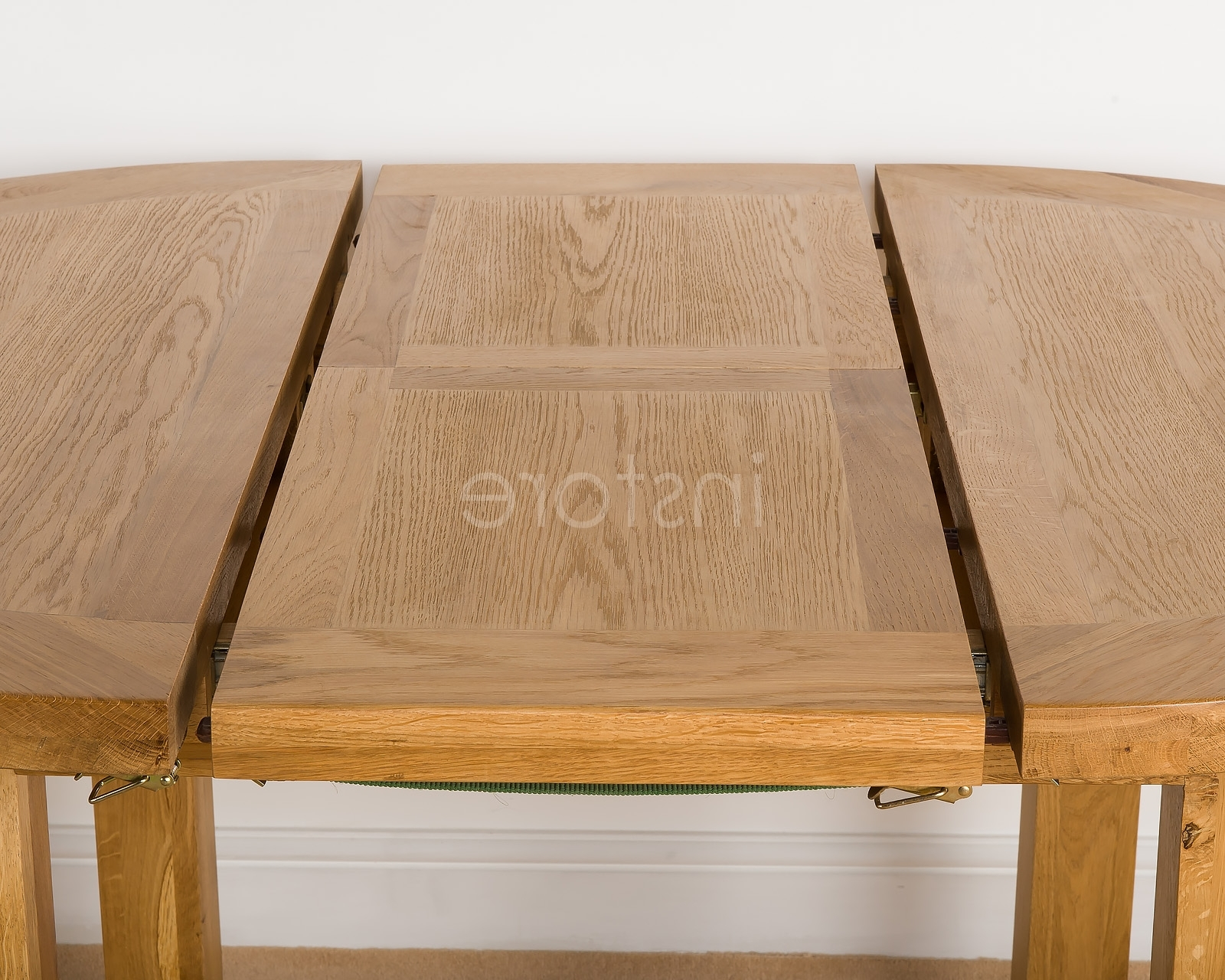 Most Up To Date Loxley Round Extending Dining Table Pertaining To Round Oak Extendable Dining Tables And Chairs (View 18 of 25)