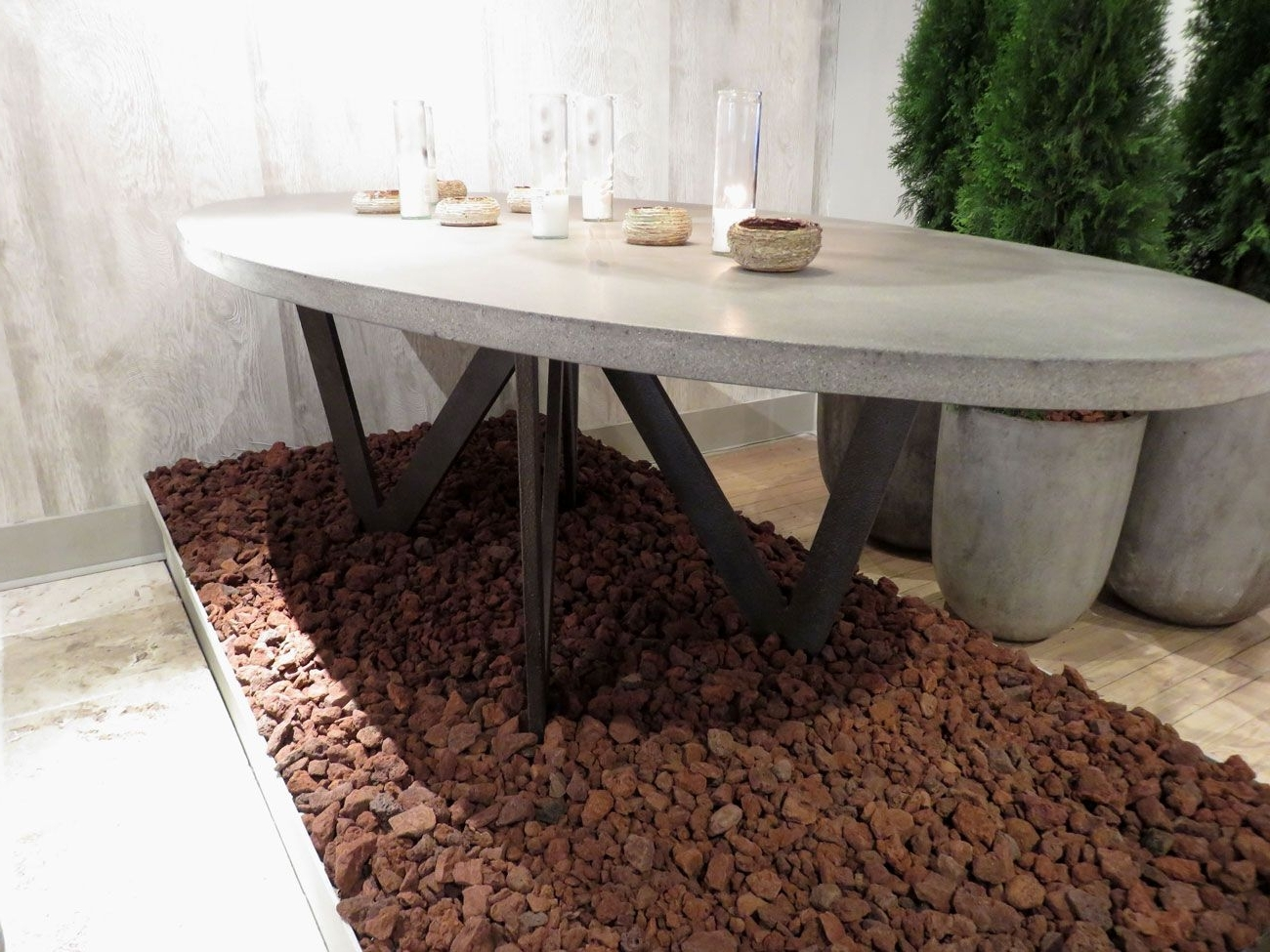 Most Up To Date Outdoor Stone Dining Table – Lava Rocks Or Dining Table (View 11 of 25)