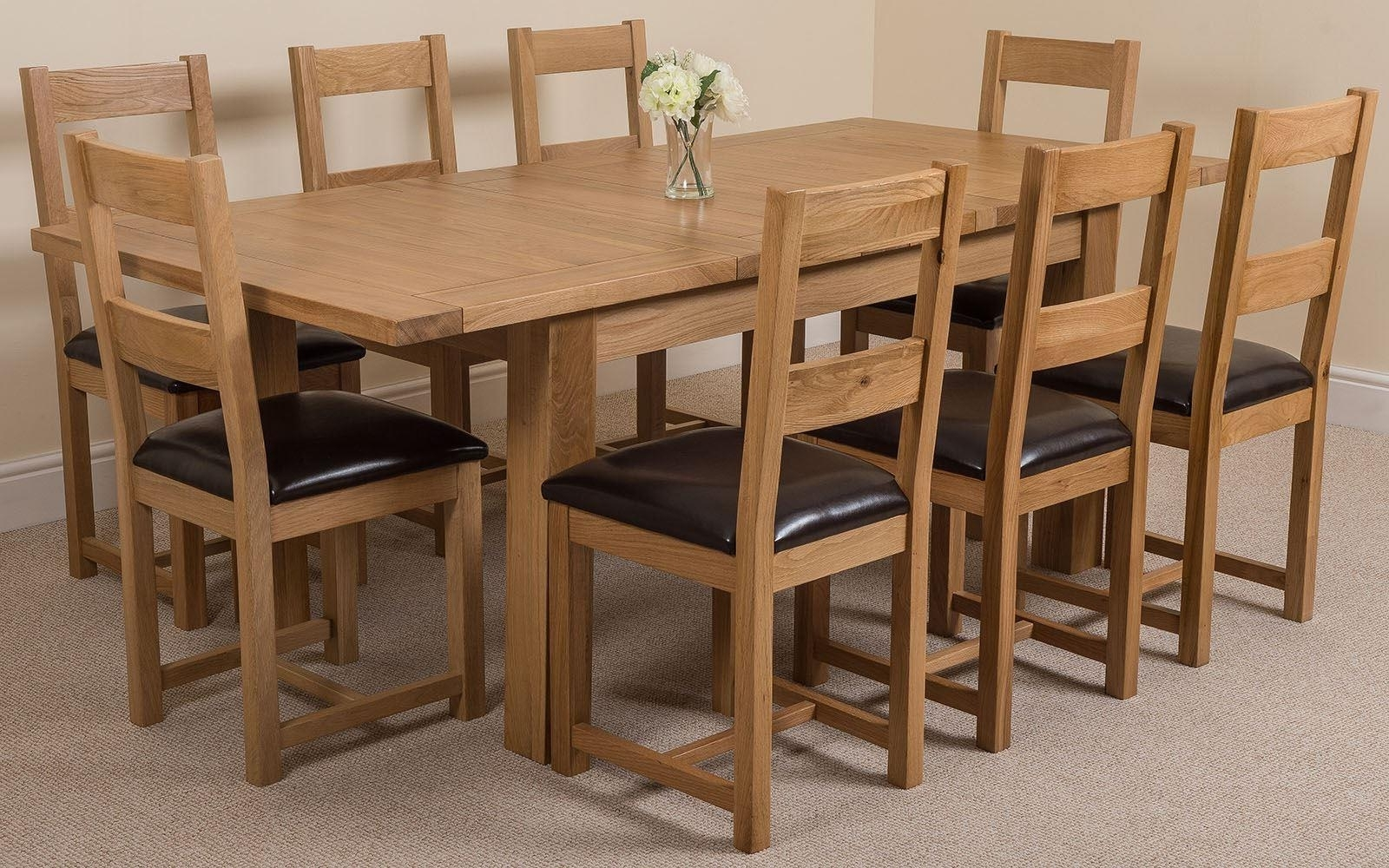 Most Up To Date Round Oak Extendable Dining Tables And Chairs Inside Oak Dining T Solid Oak Extending Dining Table And Chairs As Round (View 19 of 25)
