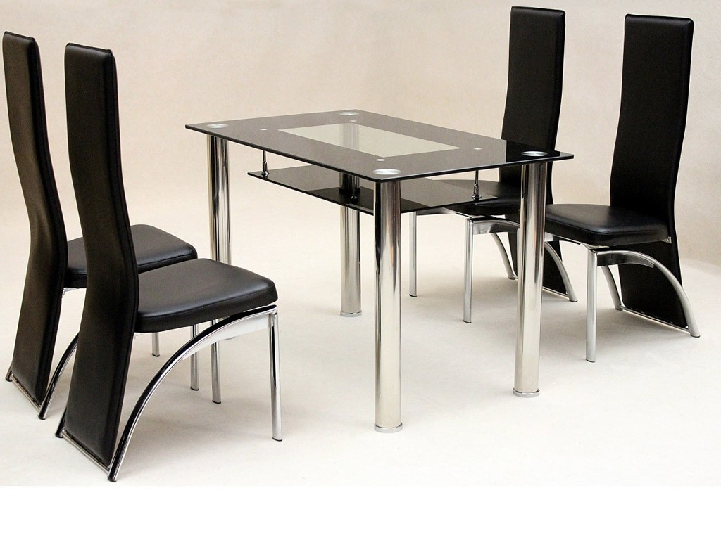 Most Up To Date Vegas Small Glass 4 Seater Dining Set With Regard To Small 4 Seater Dining Tables (View 5 of 25)