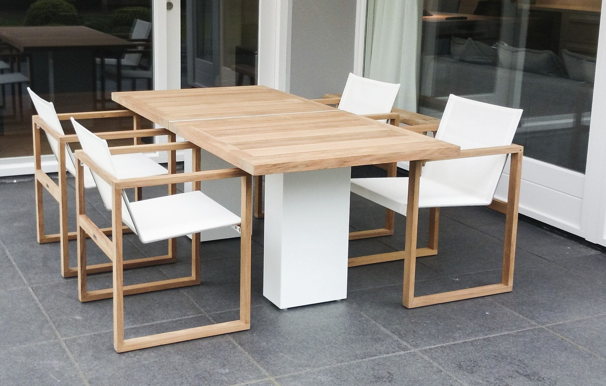 Newest Brushed Metal Dining Tables In Contemporary Dining Table / Teak / Polished Metal / Brushed (View 23 of 25)