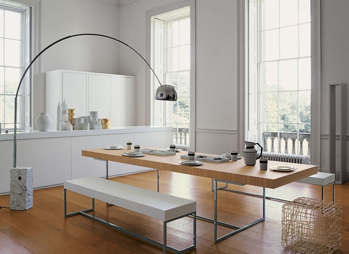 Newest Lights For Dining Tables Throughout How To Use Modern Floor Lamps In Your Dining Room Lighting Design (View 18 of 25)