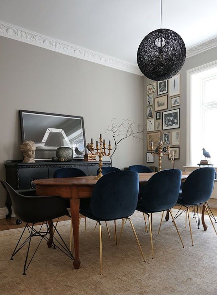 Newest Modern Dining Suites Intended For 15 Astounding Oval Dining Tables For Your Modern Dining Room (Gallery 10 of 25)