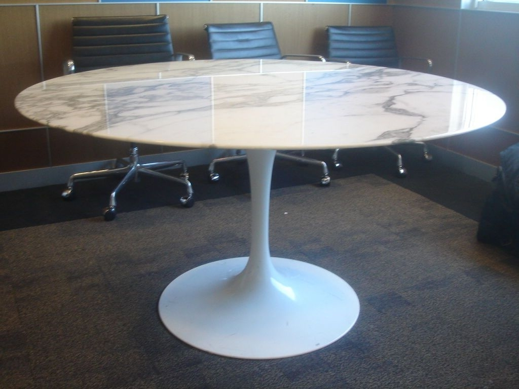 Newest Round White Dining Tables Regarding Knoll Saarinen White Dining Table With 54 Inch Round Marble Top (Gallery 23 of 25)