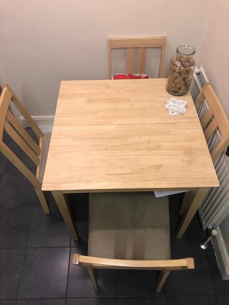 Norwood 6 Piece Rectangle Extension Dining Sets Intended For Popular Folding Table And 4 Chairs (View 15 of 25)