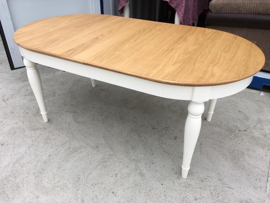 Oak 6 Seater Dining Tables Pertaining To Most Current Bentley Designs Hampstead Ivory & Oak 6 Seater Dining Table – Ex (View 17 of 25)