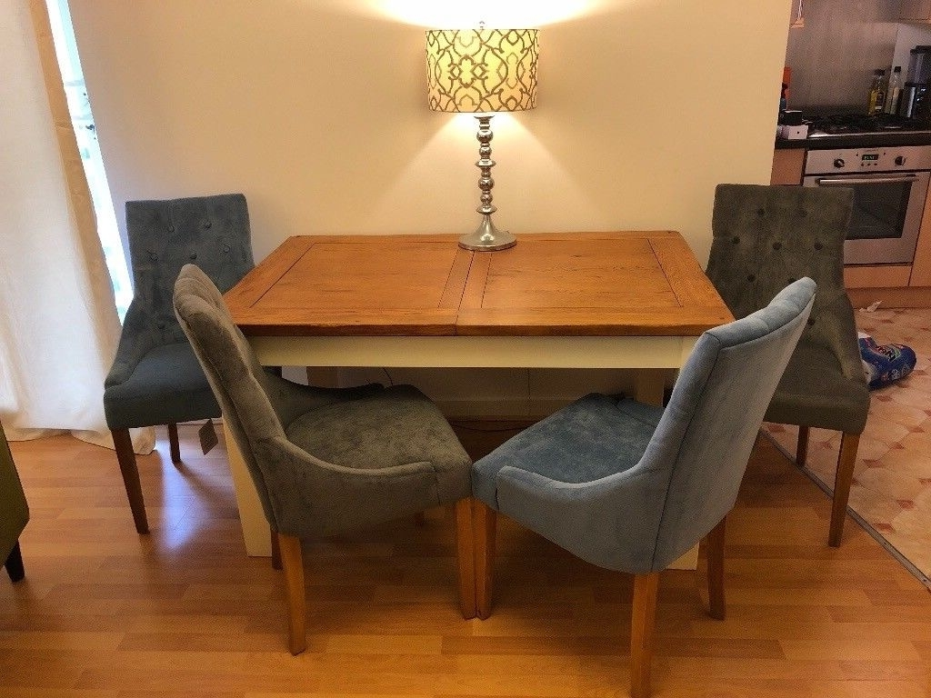 Oak Extending Dining Table And Fabric Chairs (View 18 of 25)
