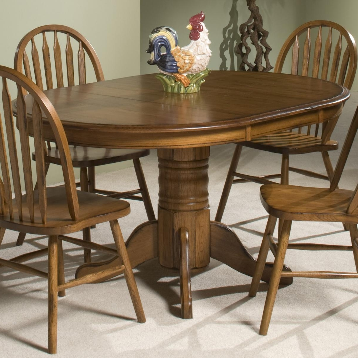 Oak Round Dining Tables And Chairs Regarding Current Intercon Classic Oak Single Pedestal Round Dining Table (View 8 of 25)