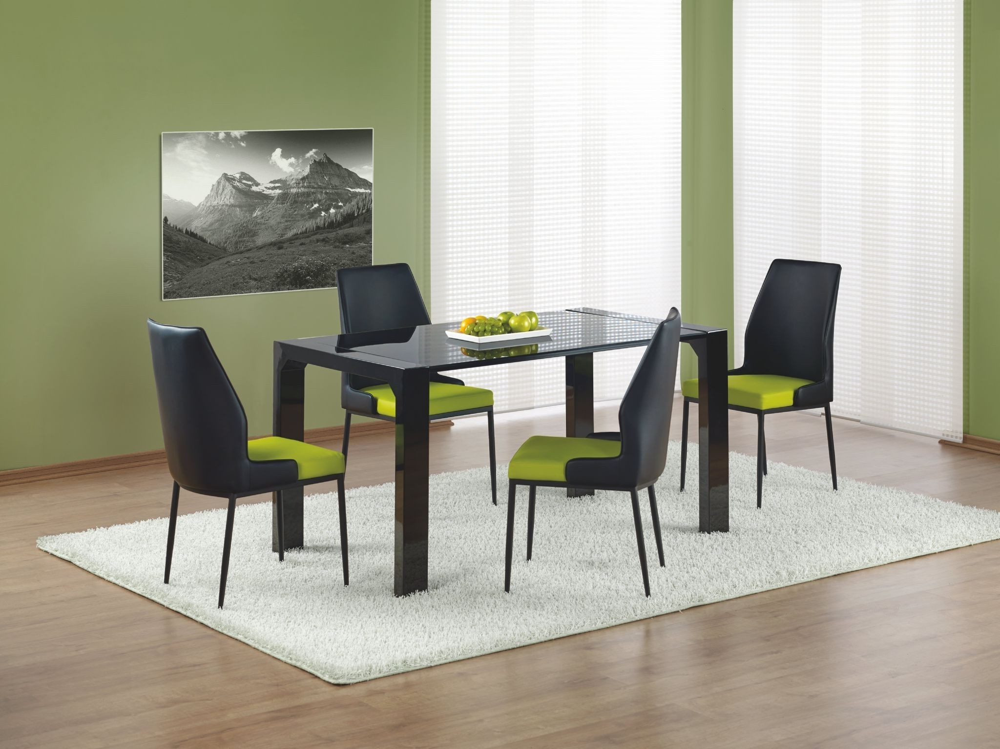 Oggi Small Black High Gloss Dining Table 140Cm With Regard To 2017 White Gloss Dining Tables 140Cm (View 3 of 25)