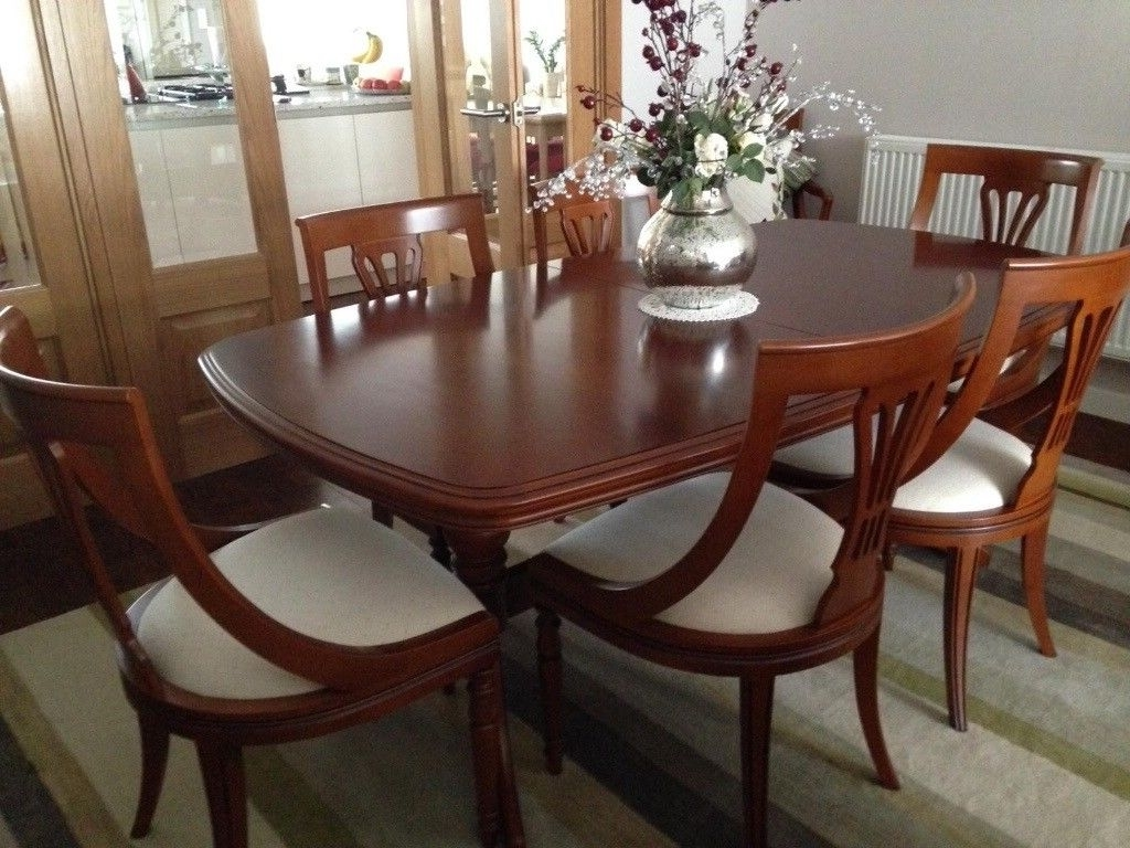 Olympus Louis Philippe Extending Dining Table With 8 Chairs (View 18 of 25)