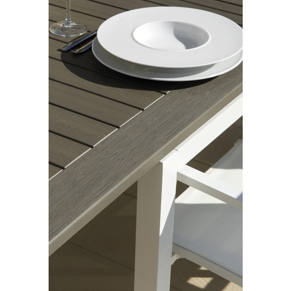 Outdoor Extendable Dining Tables Within Well Liked Outdoor Extendable Dining Table Carlostalenti, Modern Design (View 11 of 25)