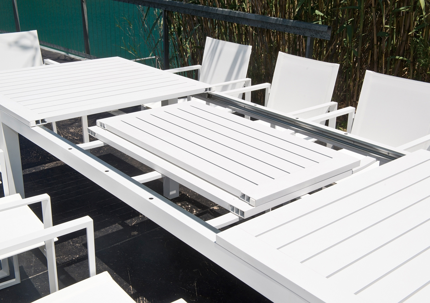 Outdoor Furniture With Outdoor Extendable Dining Tables (View 13 of 25)