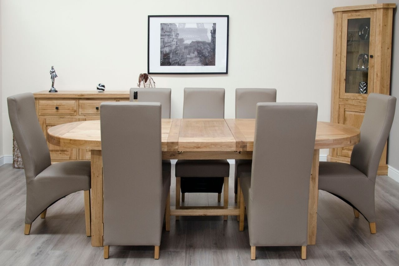 Oval Extending Dining Tables And Chairs Throughout Famous Homestyle Deluxe Solid Oak Super Oval Extending Dining Table (View 24 of 25)
