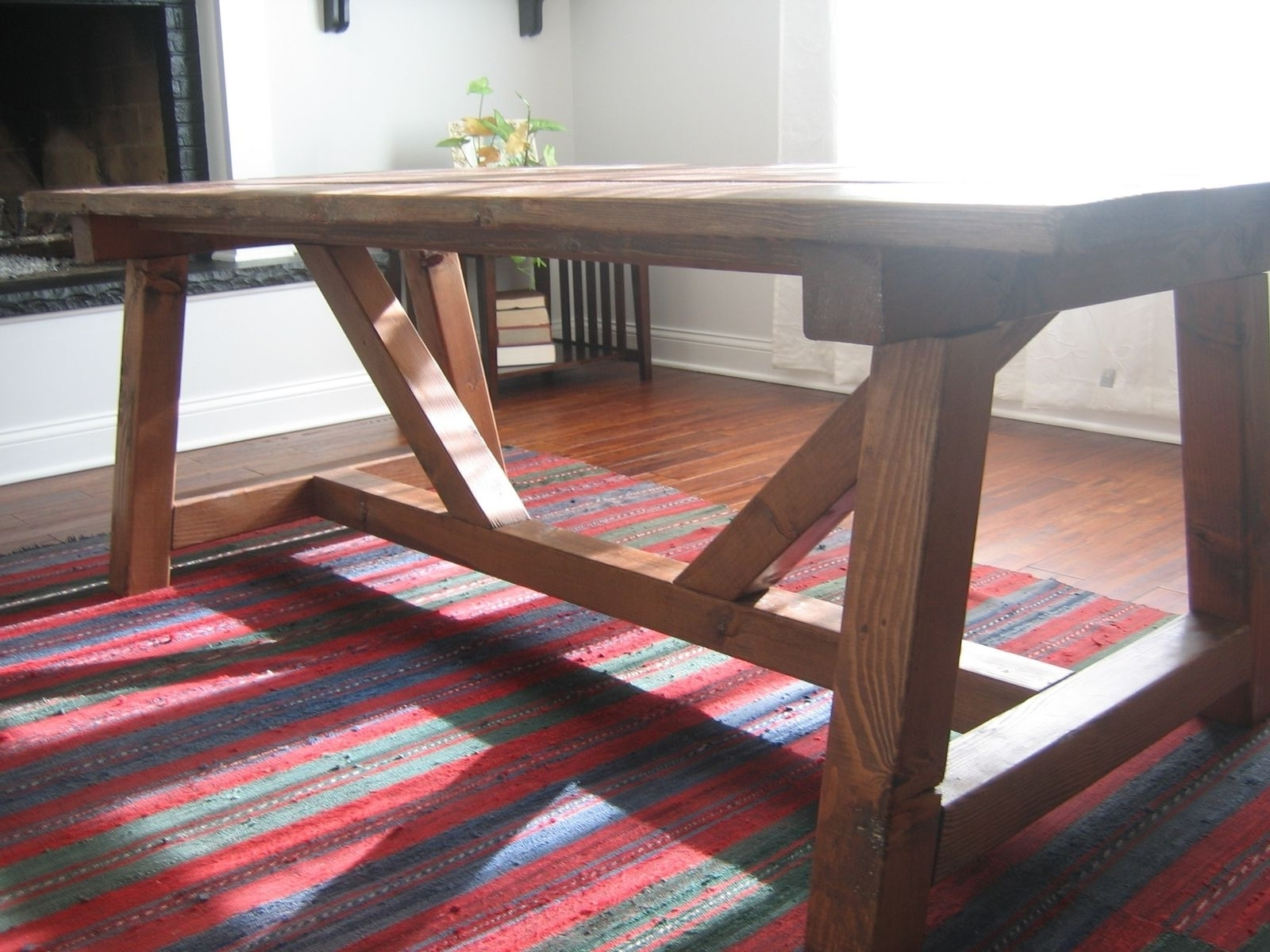 Oval Reclaimed Wood Dining Tables In Fashionable Furniture: Perfect For Your Home And Great Addition To Any Dining (View 14 of 25)