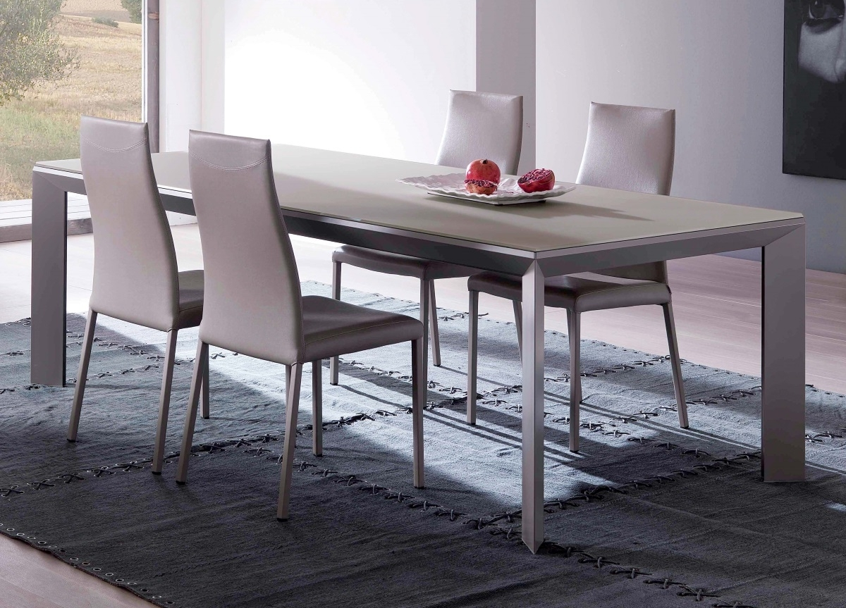 Ozzio Metro Fisso Dining Table (View 22 of 25)