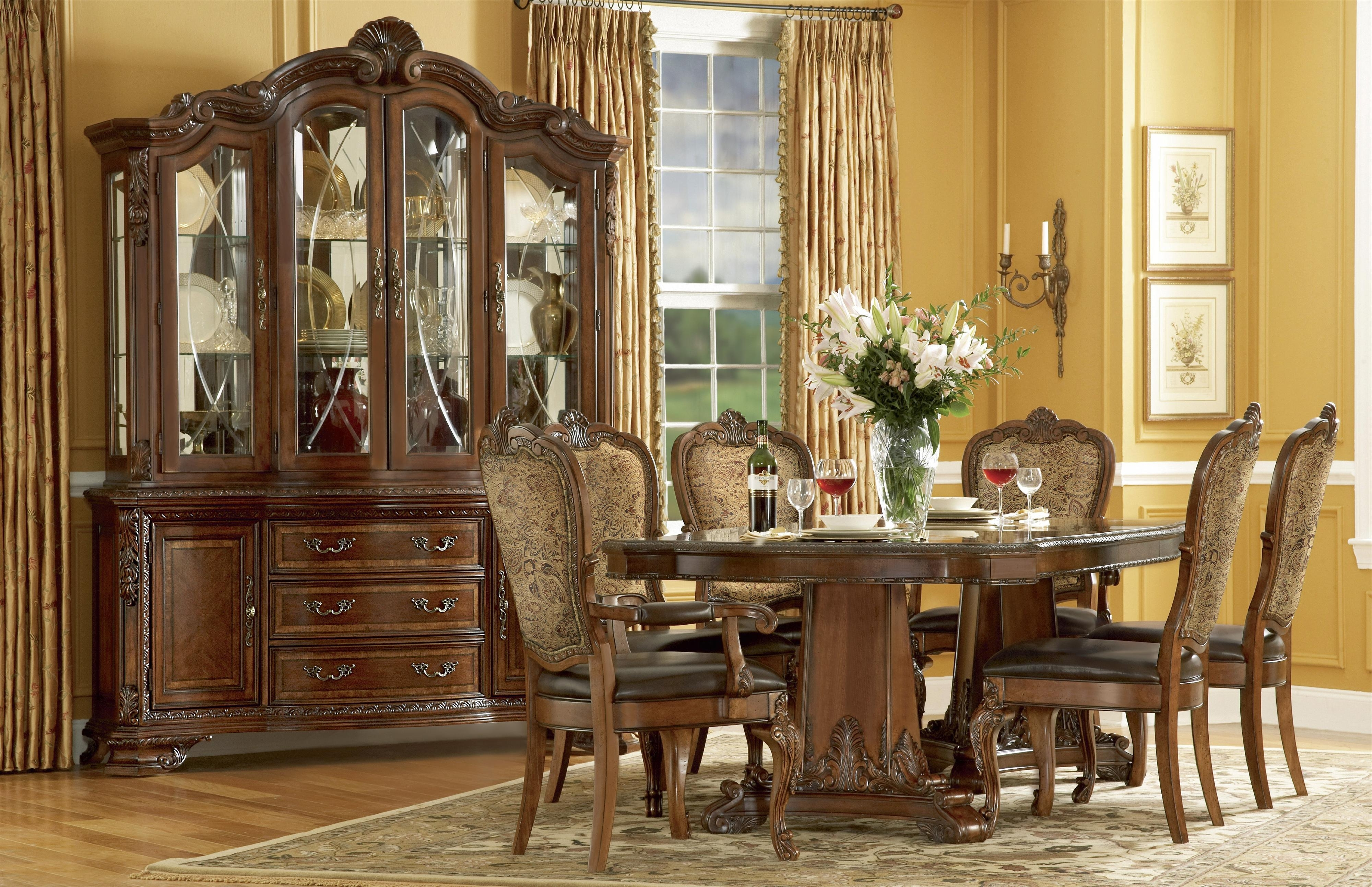 Pedestal Dining Tables And Chairs Within Popular A.r.t (View 21 of 25)