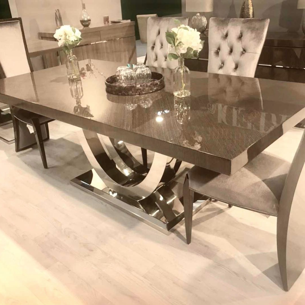 Popular High Gloss Dining Table With Chrome Base Inside Gloss Dining Set (View 3 of 25)