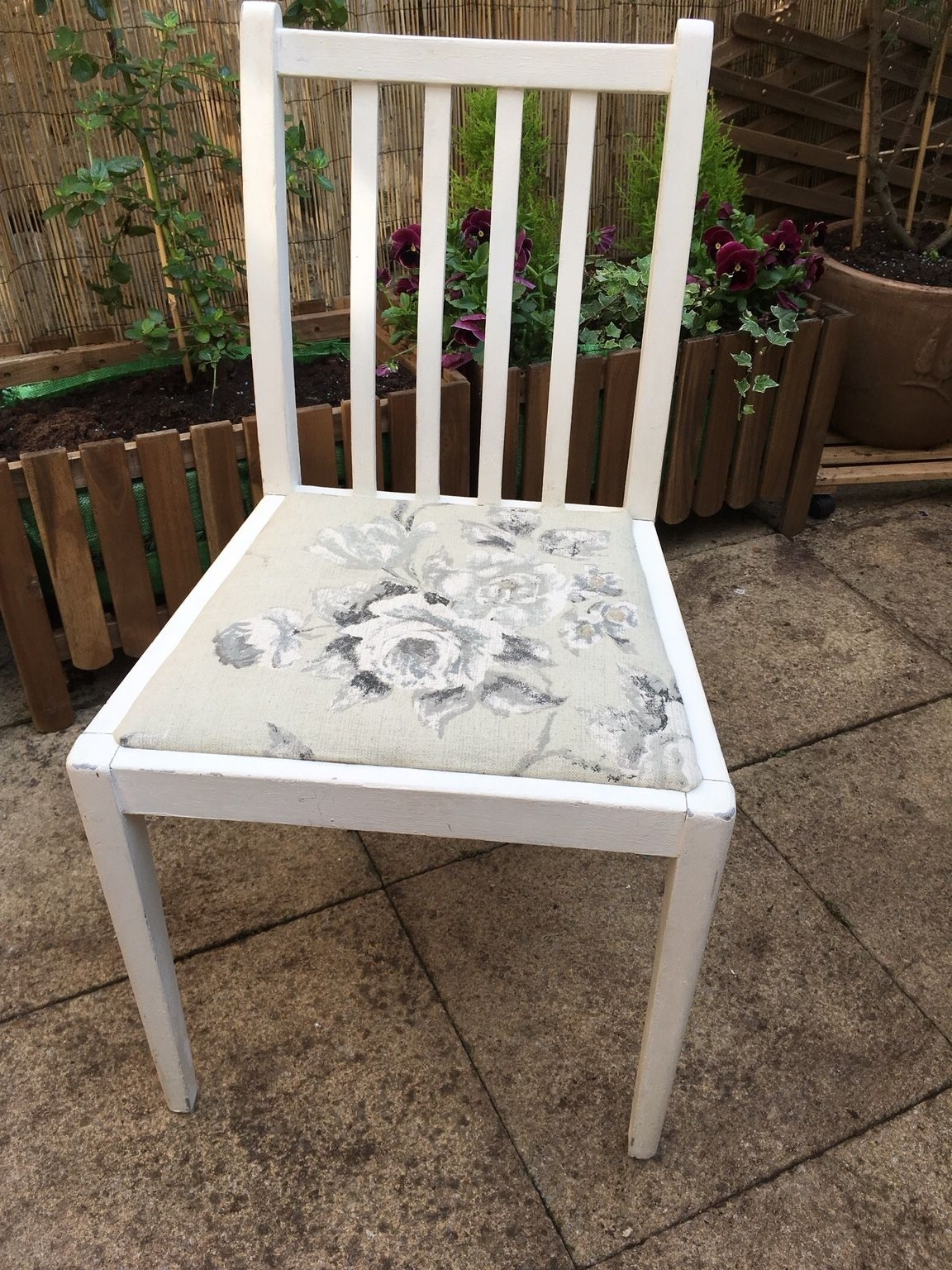 Popular Used Shabby Chic Dining Chair In Chester For £  (View 24 of 25)