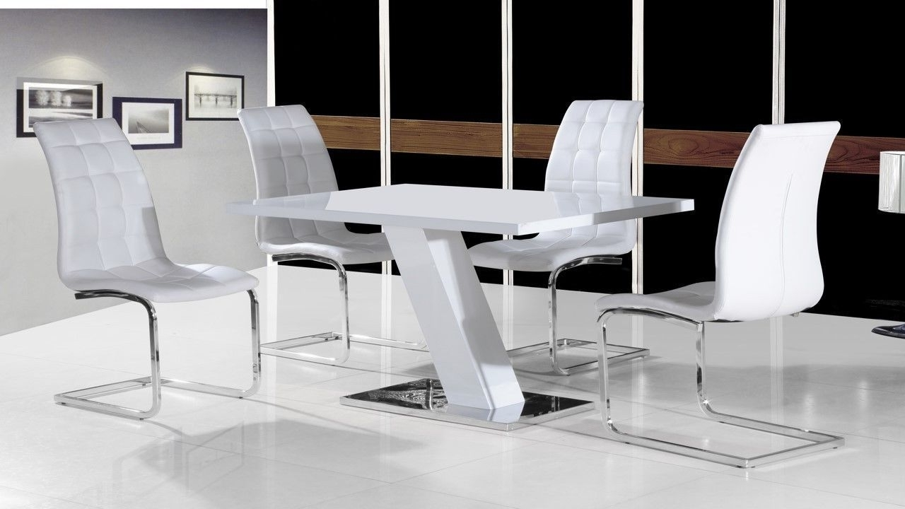 Popular White High Gloss Oval Dining Tables With Regard To White High Gloss Dining Table Set And 4 Chairs With Chrome White (View 16 of 25)