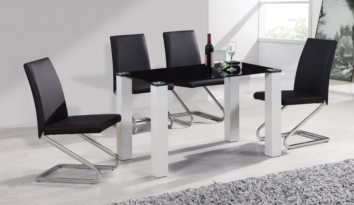 Preferred Round Black Glass Dining Tables And 4 Chairs Throughout Black Glass White High Gloss Dining Table & 4 Chairs – Homegenies (View 2 of 25)
