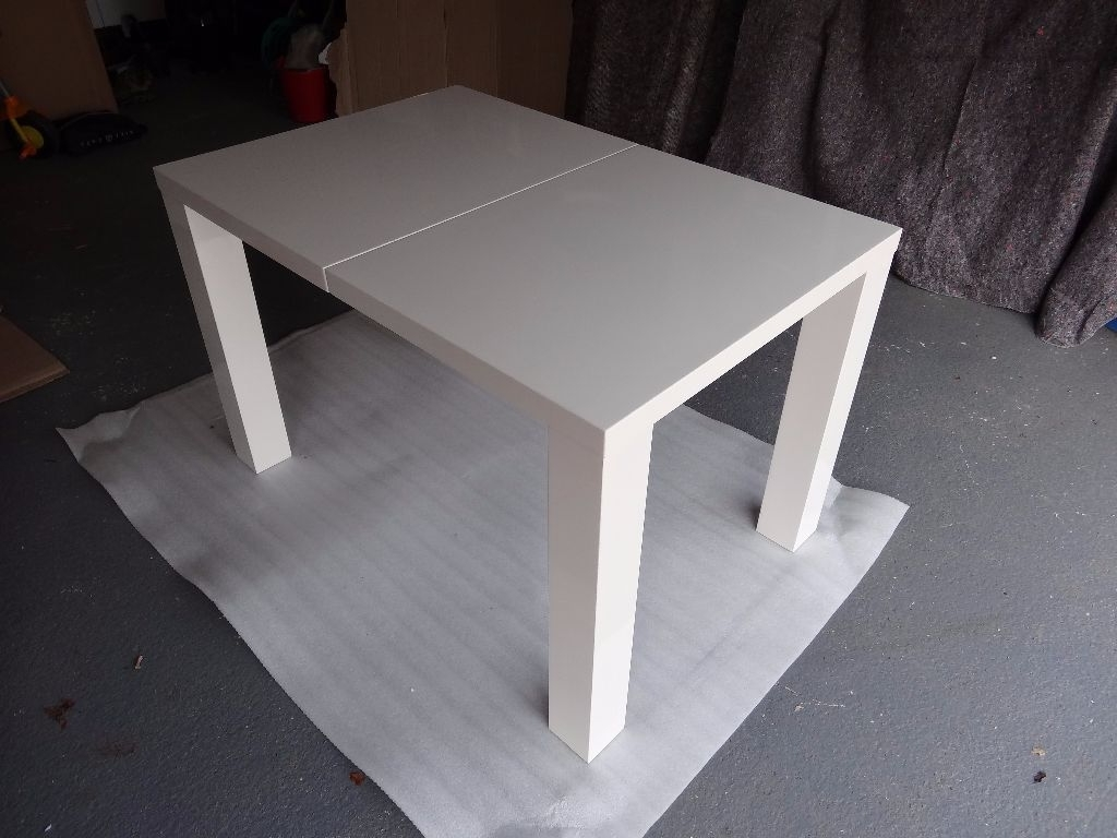 Preferred White Gloss Extendable Dining Tables Within Fern White Gloss Extending Dining Table – Dining Tables Ideas (View 14 of 25)