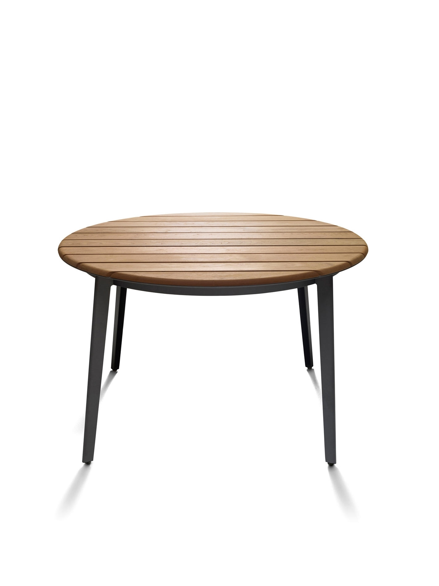Railway Outdoor – Dining Tables From De Padova (View 17 of 25)