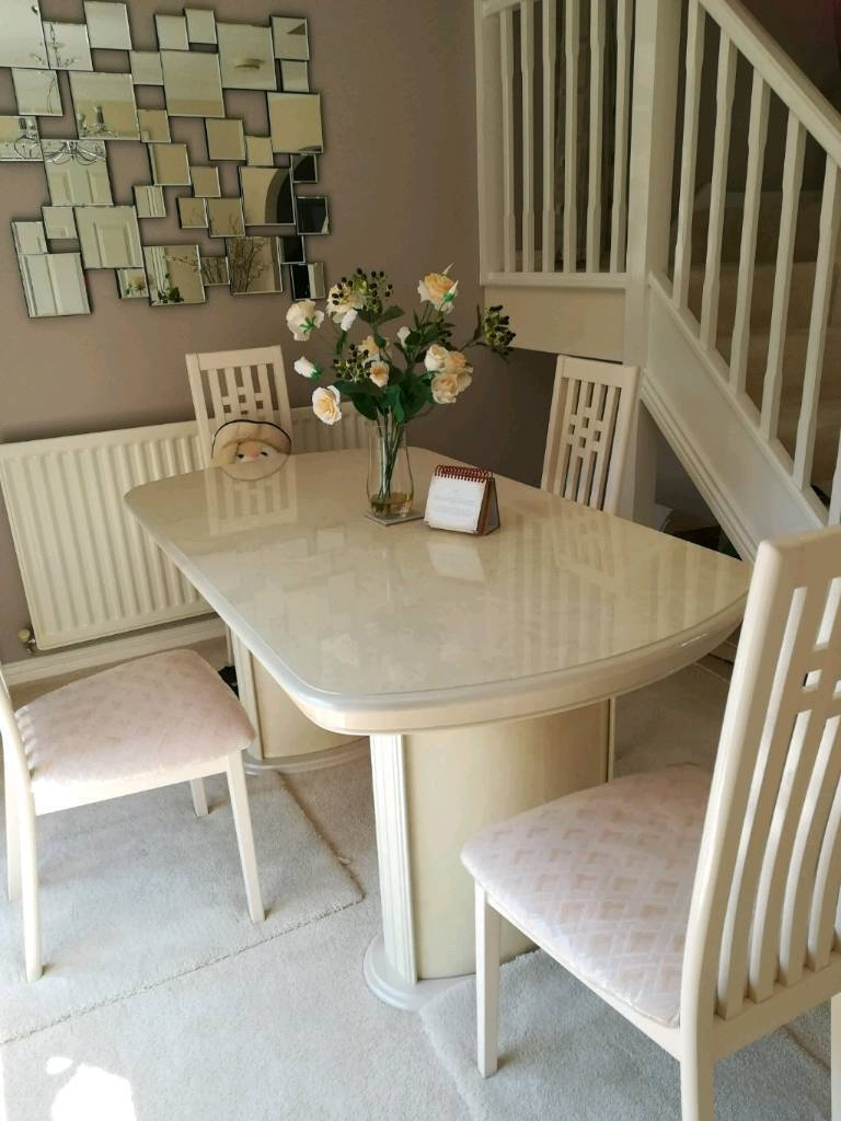 Recent Cream Gloss Dining Tables And Chairs For Cream High Gloss Dining Table & Chairs Low Price (View 22 of 25)